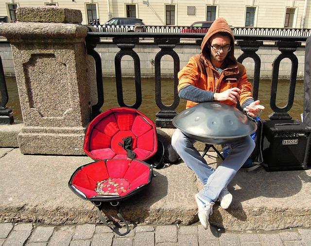 pouliční hudebník.jpg