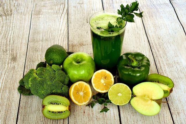 tmavě zelené smoothie